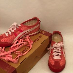 Asics Shoes - Salmon/ Rose Onitsuka Tiger-Mexico 66 sneakers